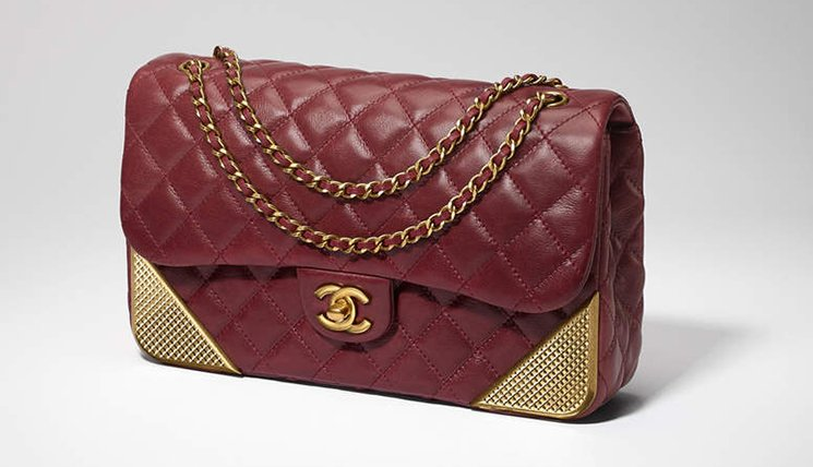 Chanel-Studded-Corners-Flap-Bag-7