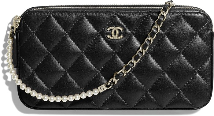 chanel-small-pearl-clutch-with-chain-2