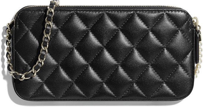 chanel-small-pearl-clutch-with-chain