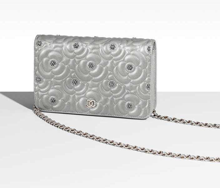 Chanel-Diamante-Camellia-Quilted-WOC-3