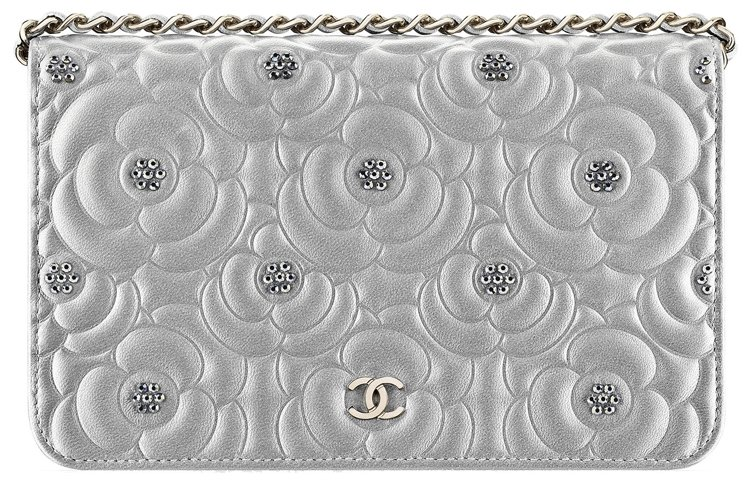Chanel-Diamante-Camellia-Quilted-WOC