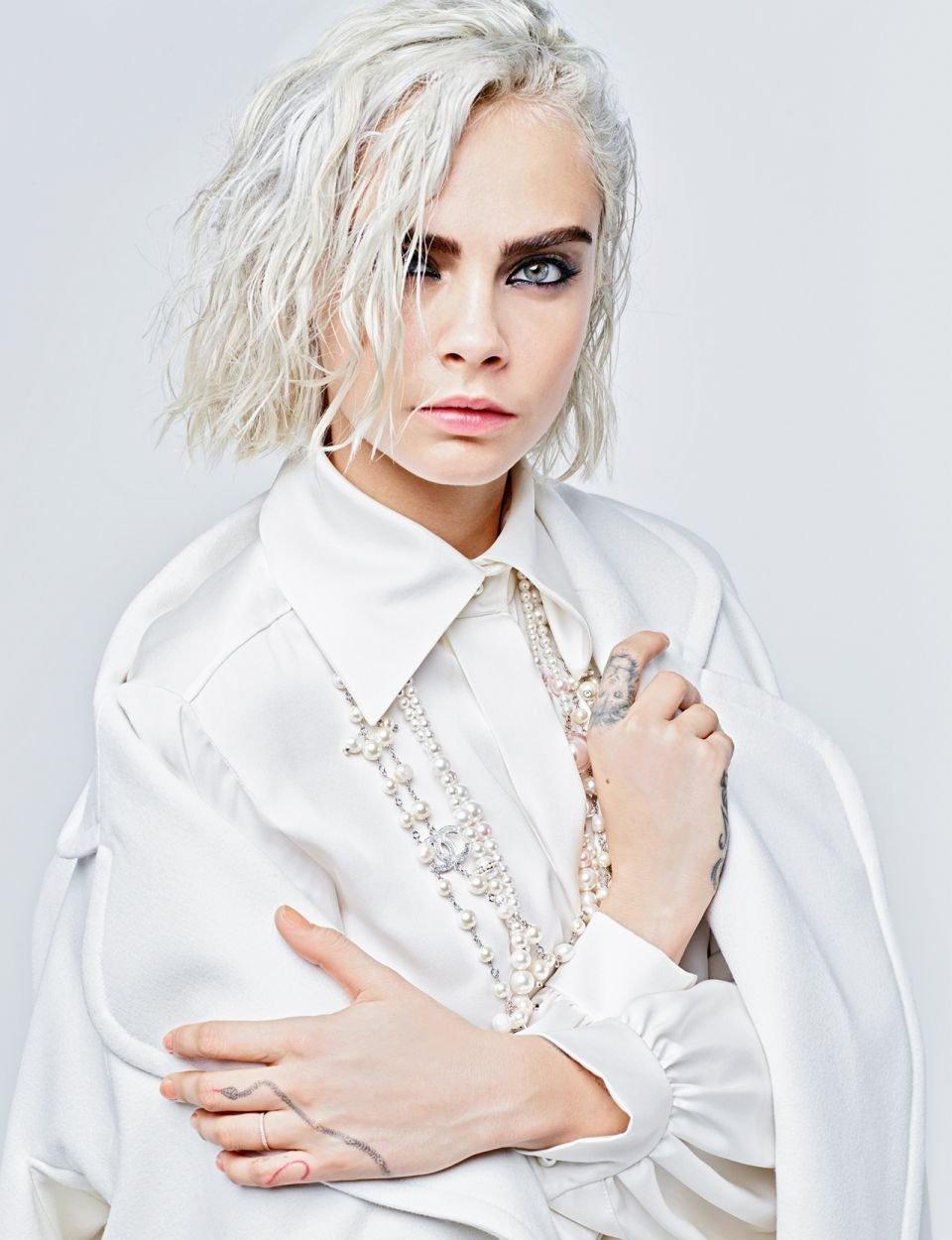Chanel-Fall-Winter-2017-Ad-Campaign-9