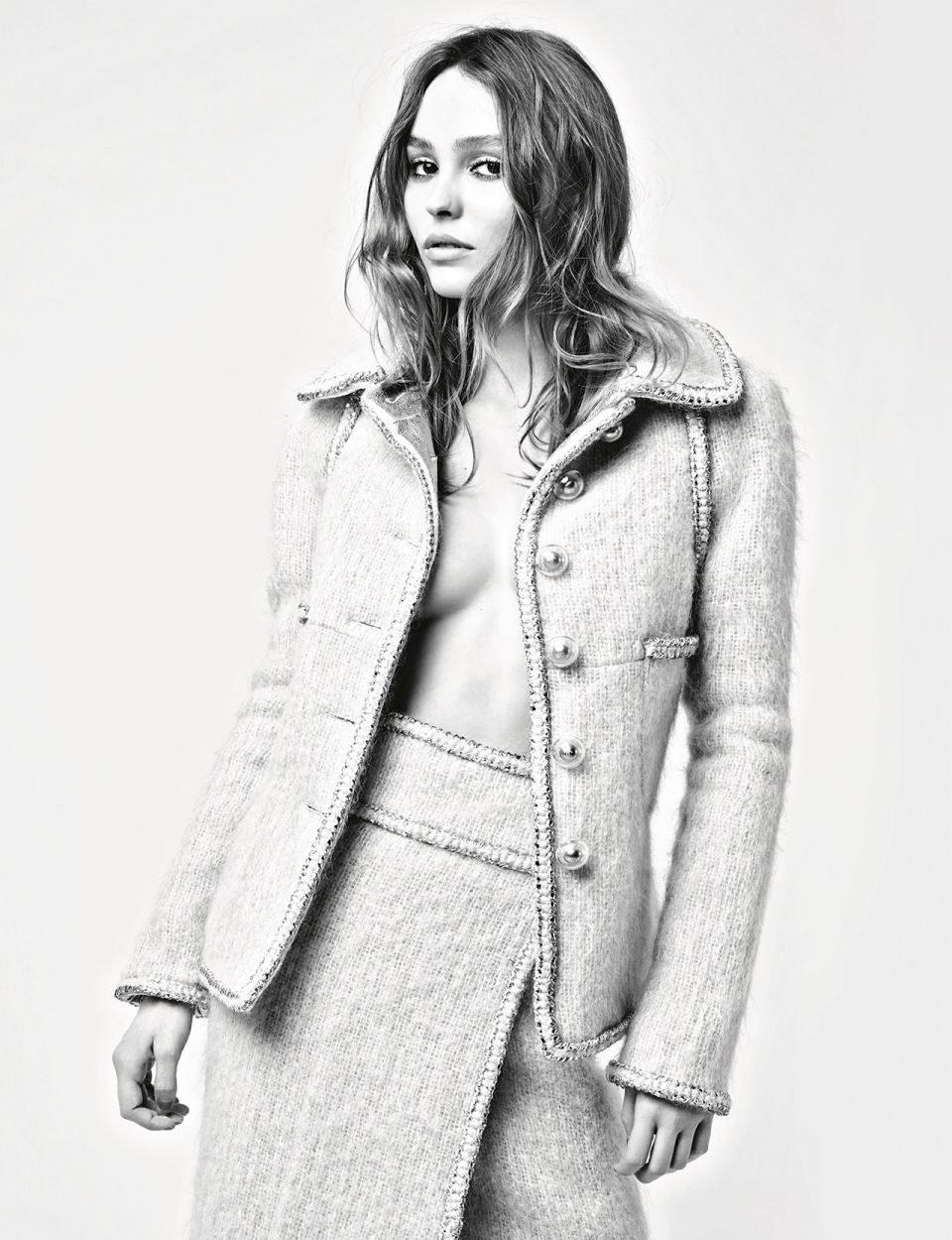 Chanel-Fall-Winter-2017-Ad-Campaign