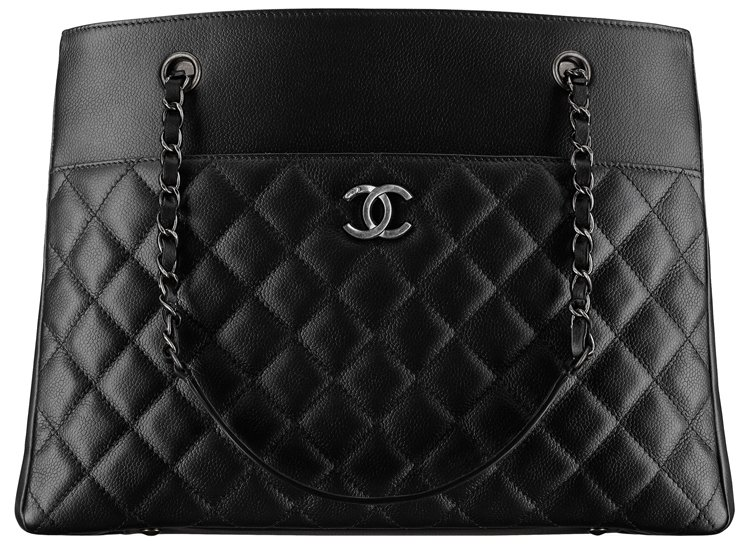 Chanel-Grained-Calfskin-Large-Zipped-Shopping-Bag-43