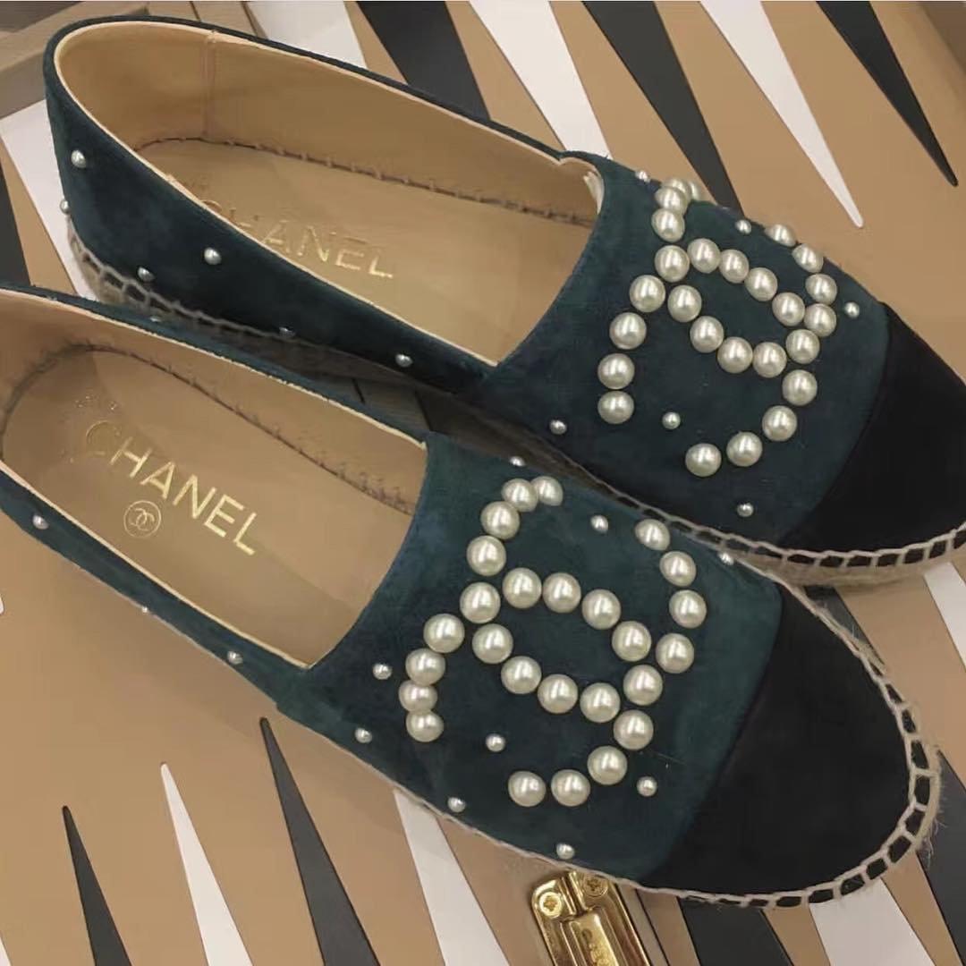 Chanel-Pearl-CC-Espadrilles-2