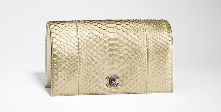 Chanel-Python-Clutch-With-Chain-3