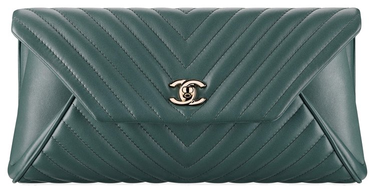 Chanel-Reversed-Chevron-Clutch-54