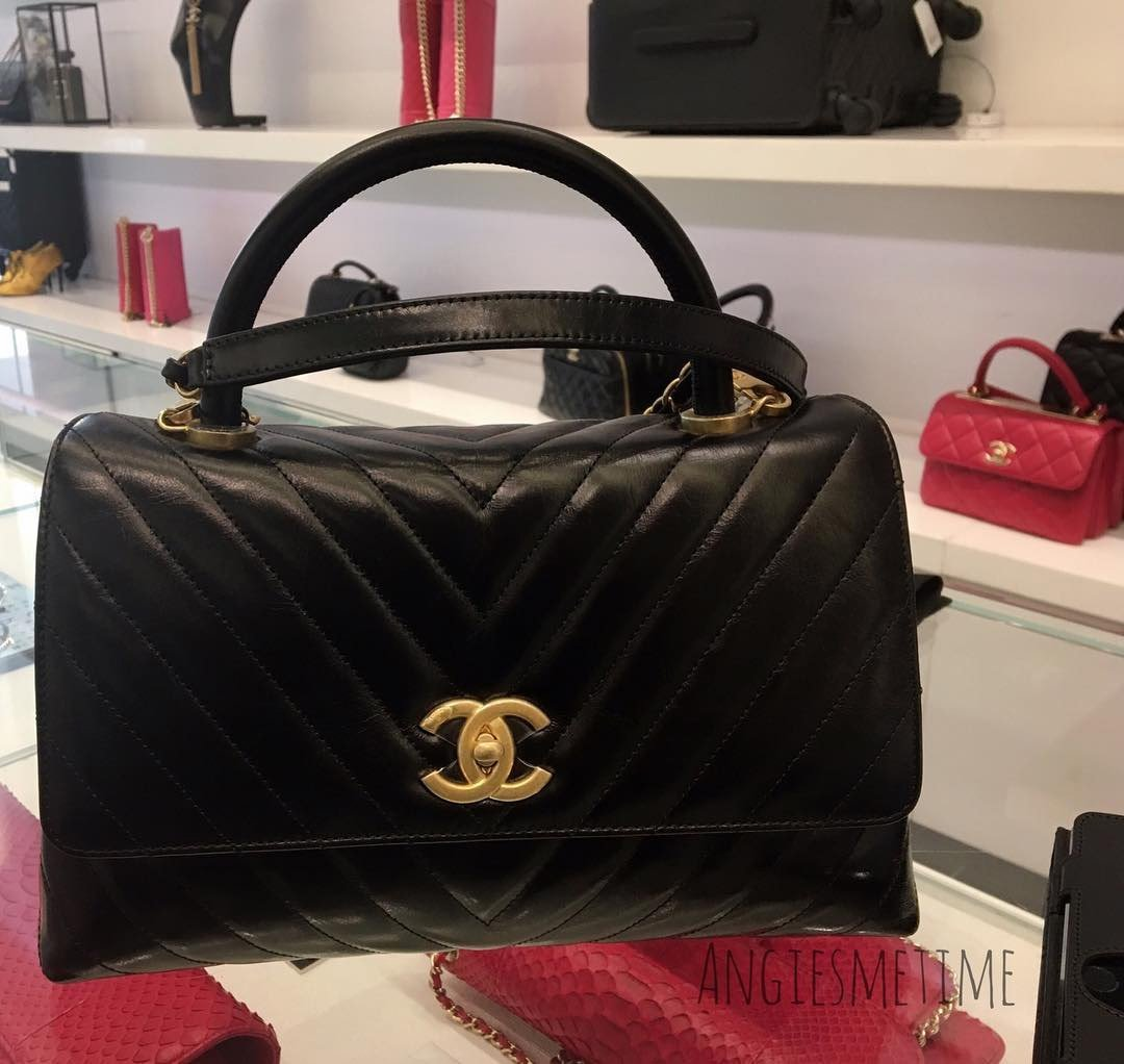 Chanel-Reversed-Chevron-Coco-Handle-Bag-2