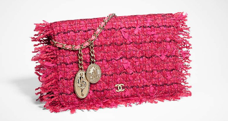 Chanel-Tweed-Classic-Quilted-WOC-with-Charm-3