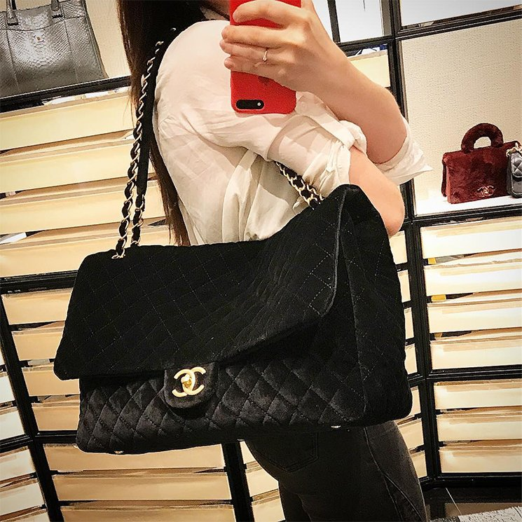 Chanel-XXL-Suede-Flap-Bag-3