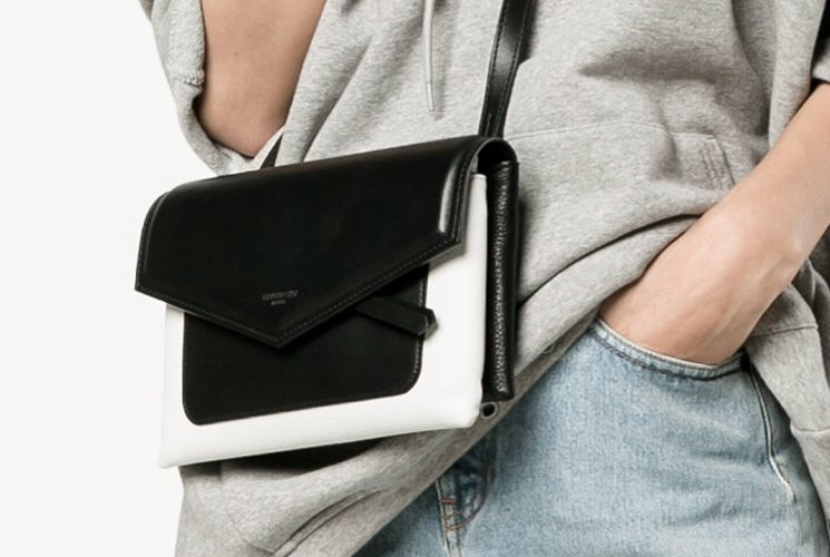 Givenchy-Duetto-Bag-6
