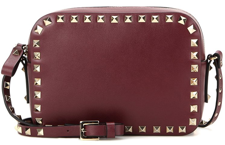 Valentino-Garavani-Rockstud-Shoulder-Bag-6