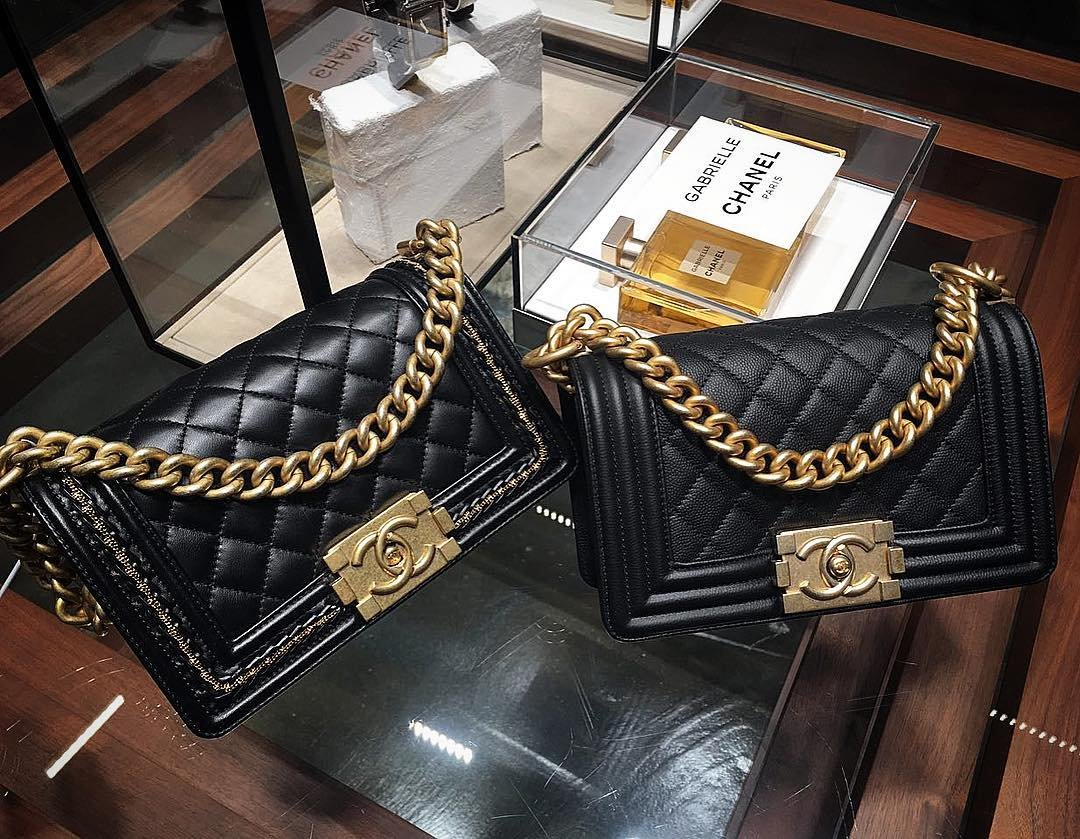 Chanel-Boy-Bag-With-Chain-Or-Without-Chain