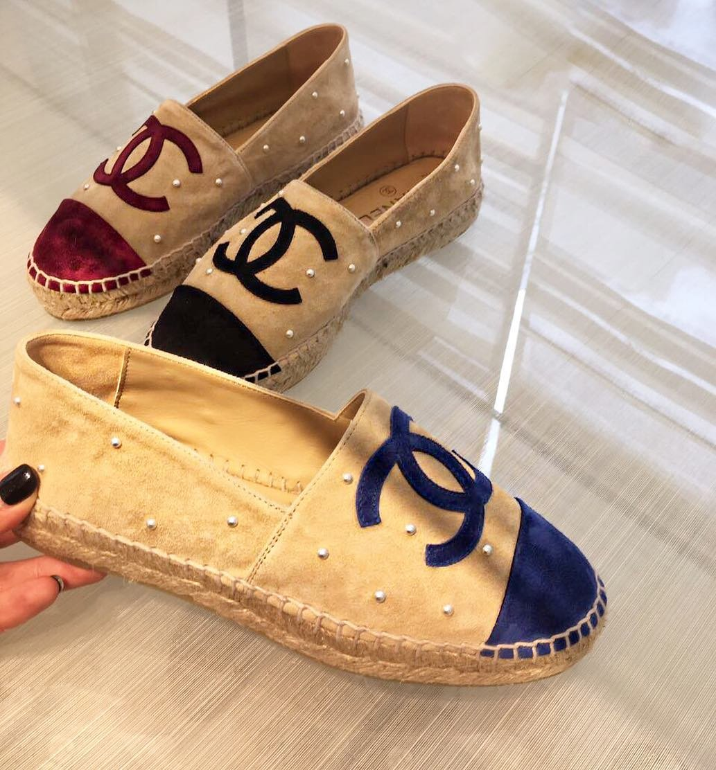 Chanel-CC-Espadrilles-with-Pearls-7