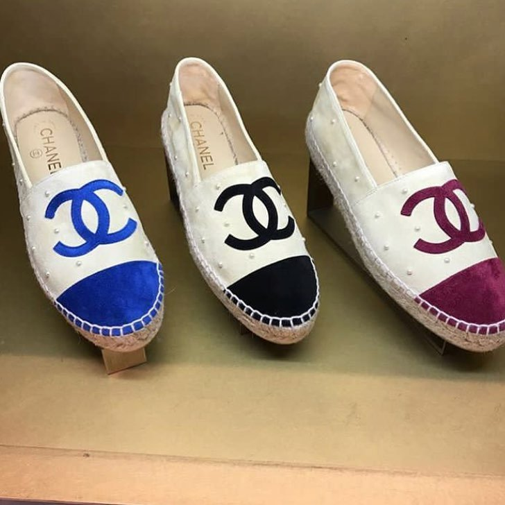 Chanel-CC-Espadrilles-with-Pearls-8