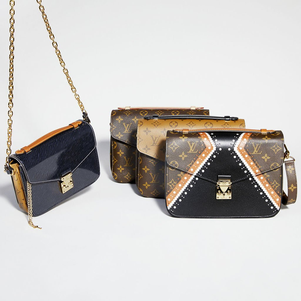 Louis-Vuitton-Pochette-Metis-Bag-2