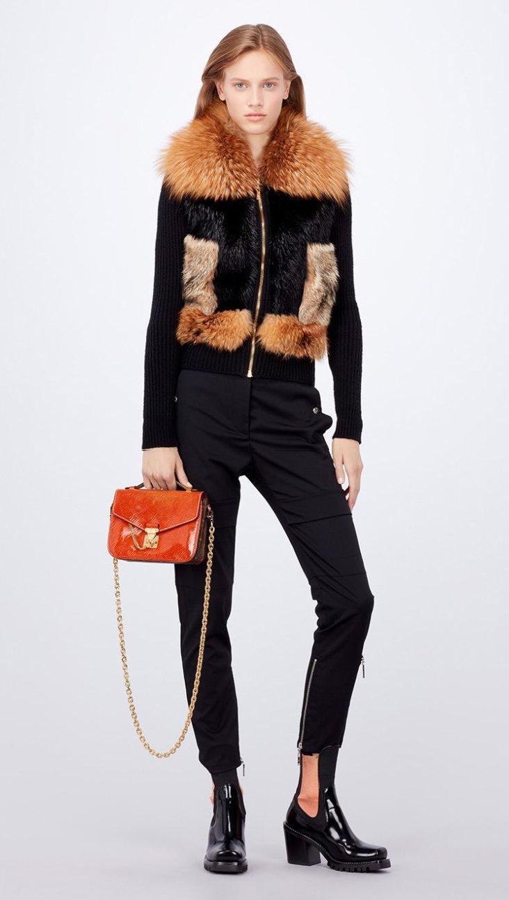 louis-vuiton-mini-pochette-bag-model