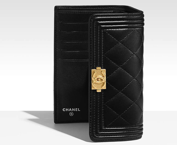 Boy-Chanel-Small-Flap-Wallet-2