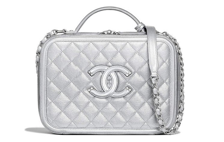 Chanel-CC-Filigree-Bag-Review-2