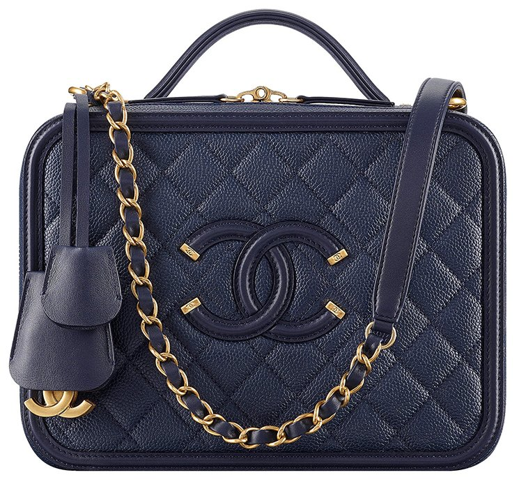 Chanel-CC-Filigree-Bag-Review-3