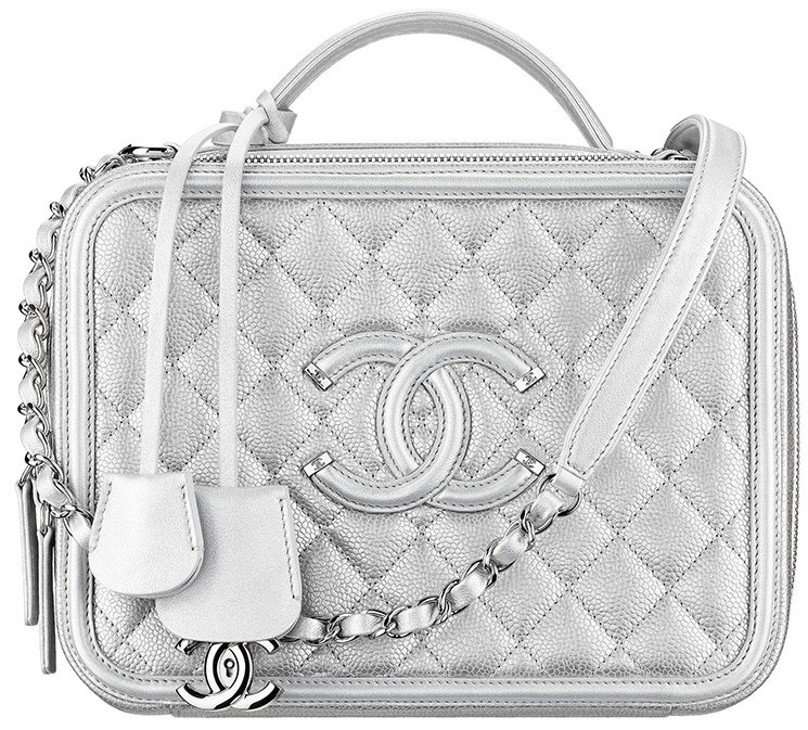 Chanel-CC-Filigree-Bag-Review