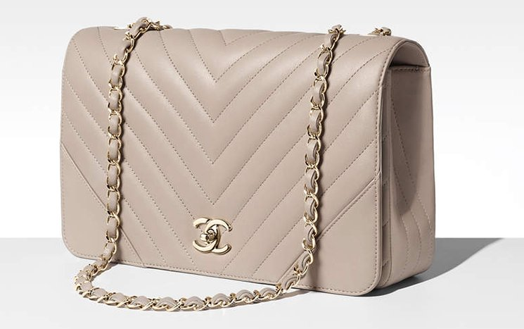 Chanel-Chevron-Statement-Bag-4