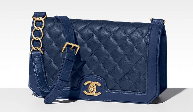 Chanel-Grained-Calfskin-Flap-Bag-4