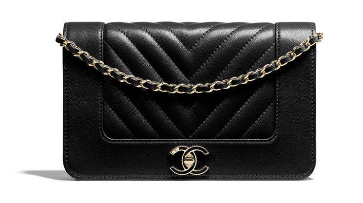 Chanel-Mademoiselle-Vintage-Chevron-WOC-2