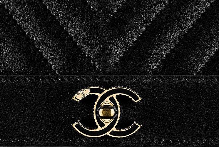 Chanel-Mademoiselle-Vintage-Chevron-WOC-3