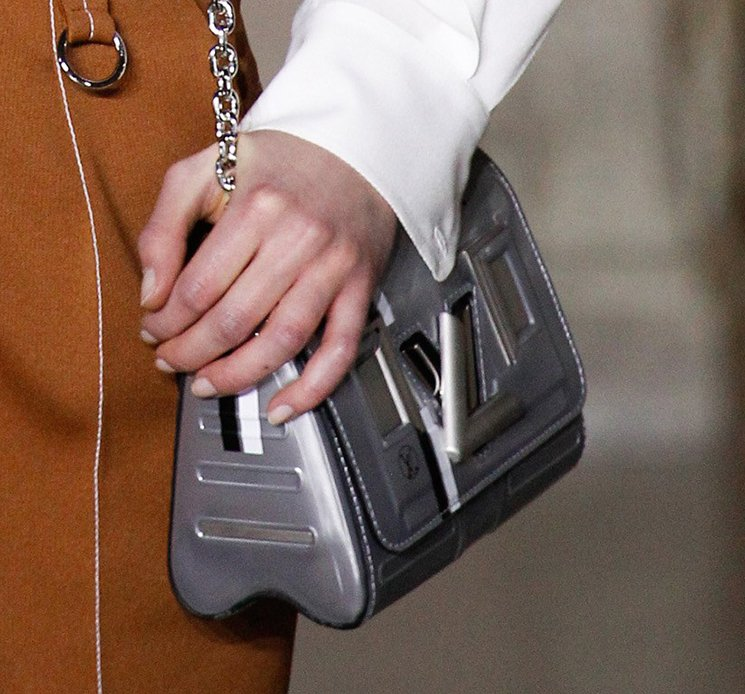 Louis-Vuitton-Futuristic-Bag-9