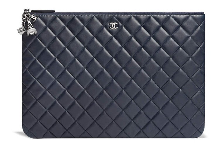 Chanel-O-Cases-with-Charm-2