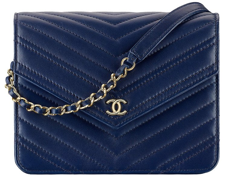 Chanel-Satement-Chevron-Square-WOC