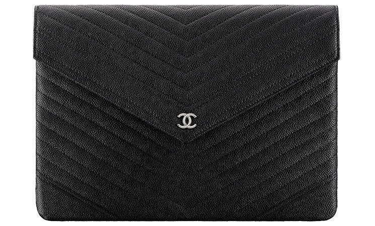Chanel-Signature-Envelope-Pouches-3