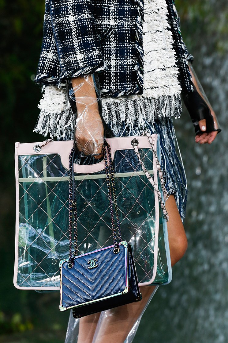 Chanel-Spring-Summer-2018-Runway-Bag-Collection-10