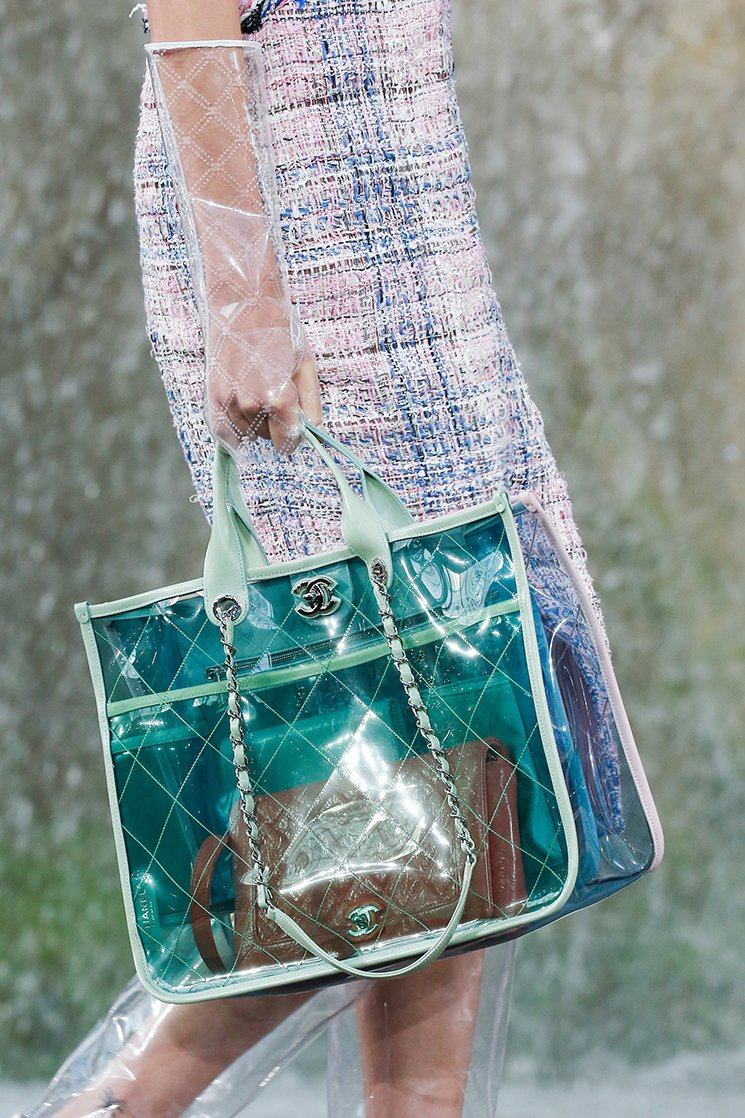 Chanel-Spring-Summer-2018-Runway-Bag-Collection-18