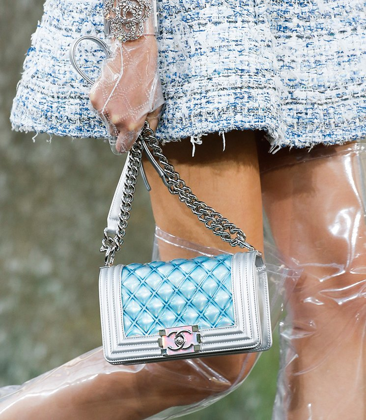 Chanel-Spring-Summer-2018-Runway-Bag-Collection-29