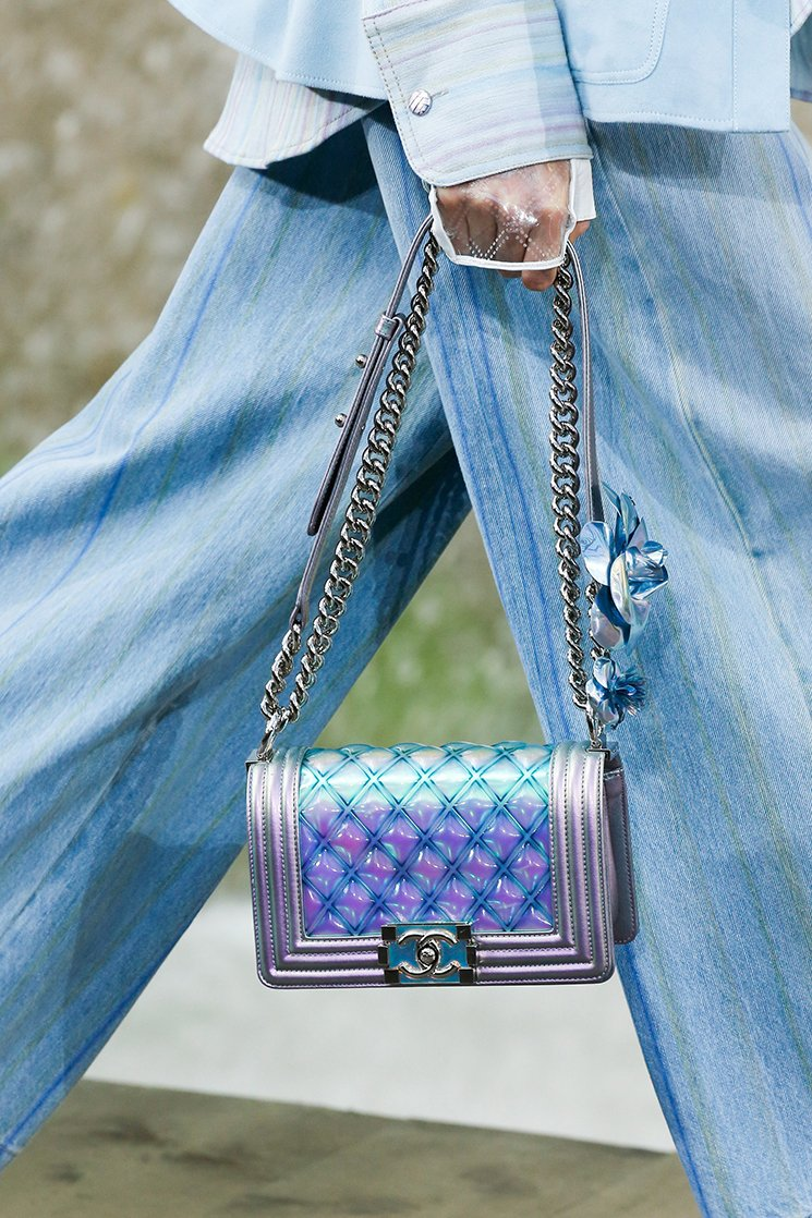 Chanel-Spring-Summer-2018-Runway-Bag-Collection-37
