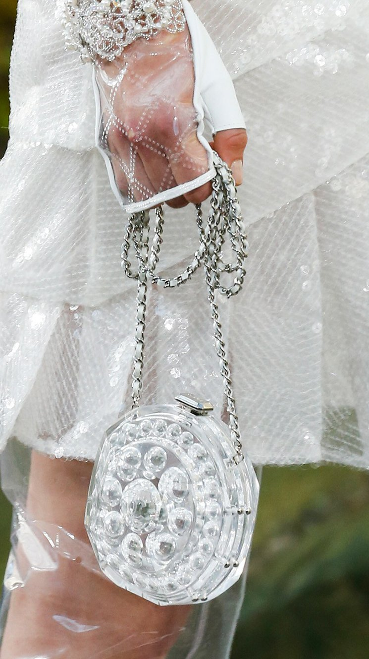 Chanel-Spring-Summer-2018-Runway-Bag-Collection-46