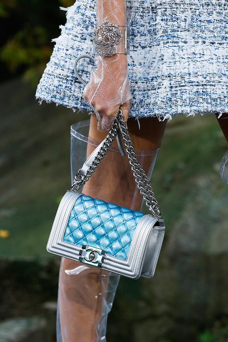 Chanel-Spring-Summer-2018-Runway-Bag-Collection-9