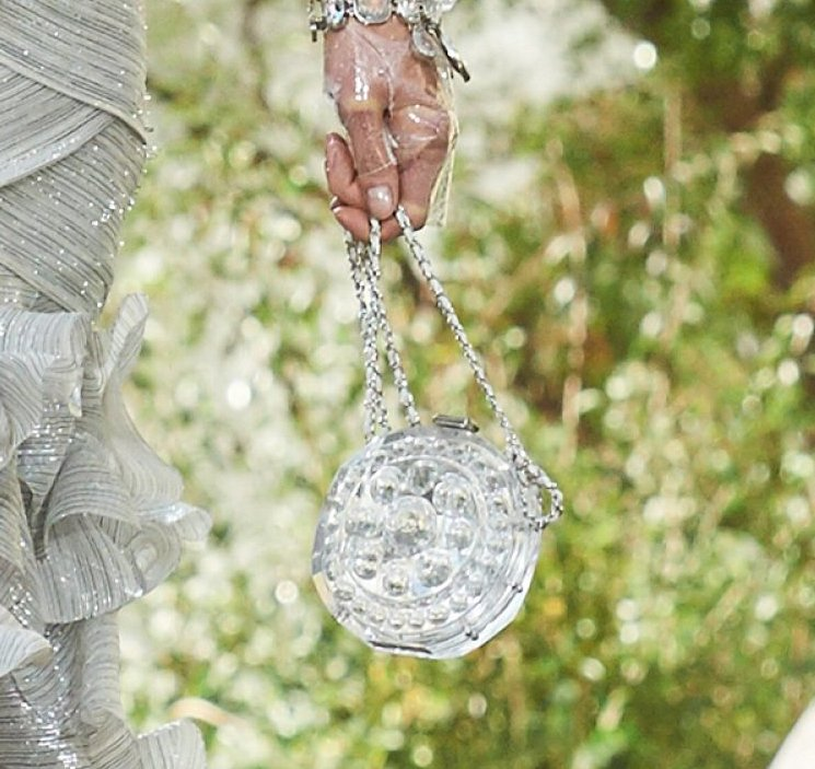 Chanel-Spring-Summer-2018-Runway-Bag-Collection-94