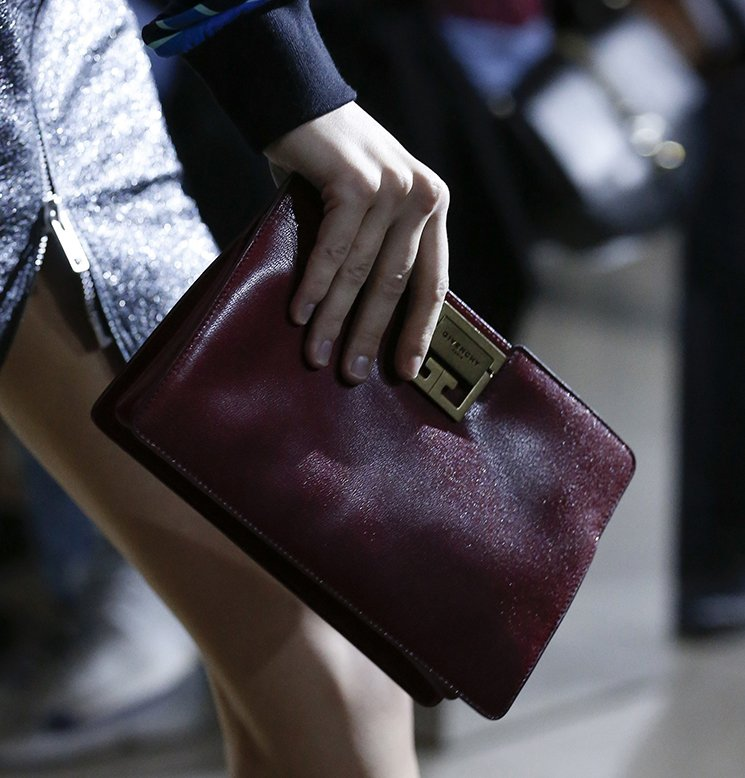 Givenchy-Spring-Summer-2018-Runway-Bag-Collection-7