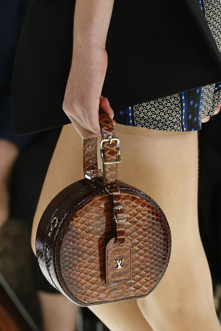 Louis-Vuitton-Spring-Summer-2018-Runway-Bag-Collection-16
