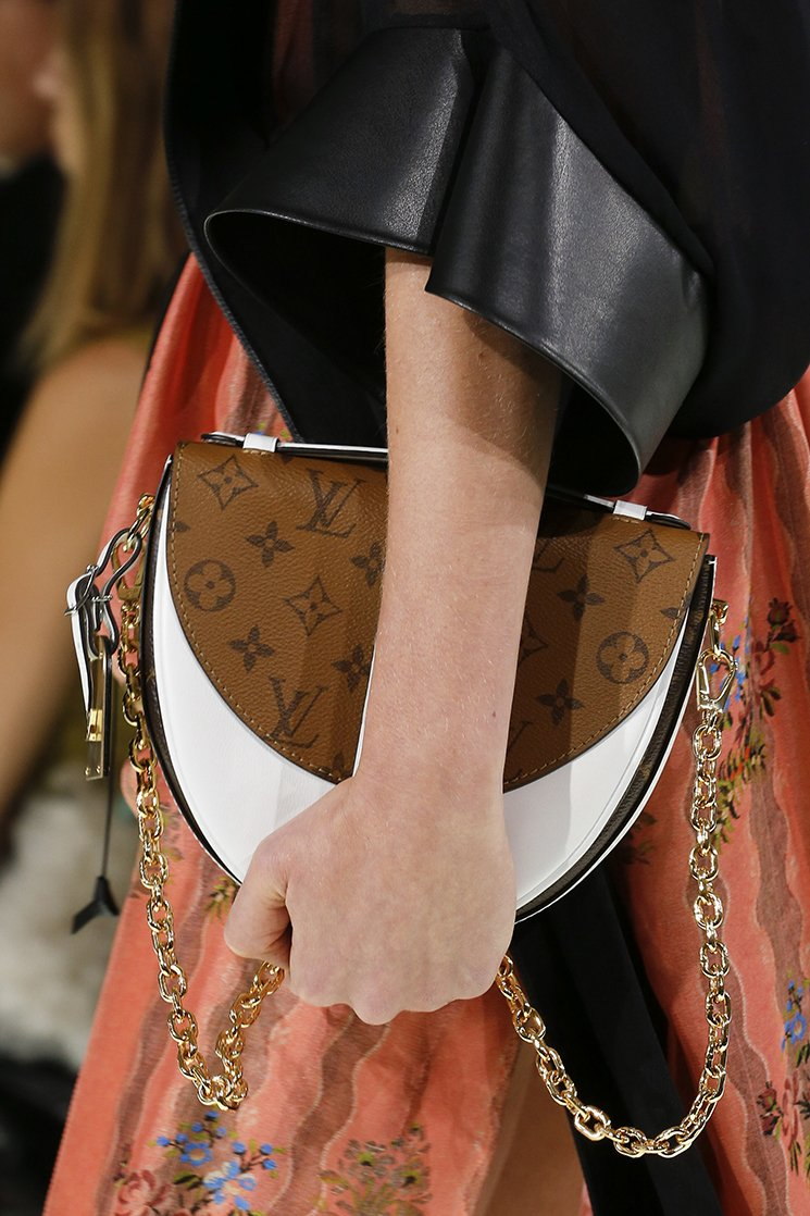 Louis-Vuitton-Spring-Summer-2018-Runway-Bag-Collection-21