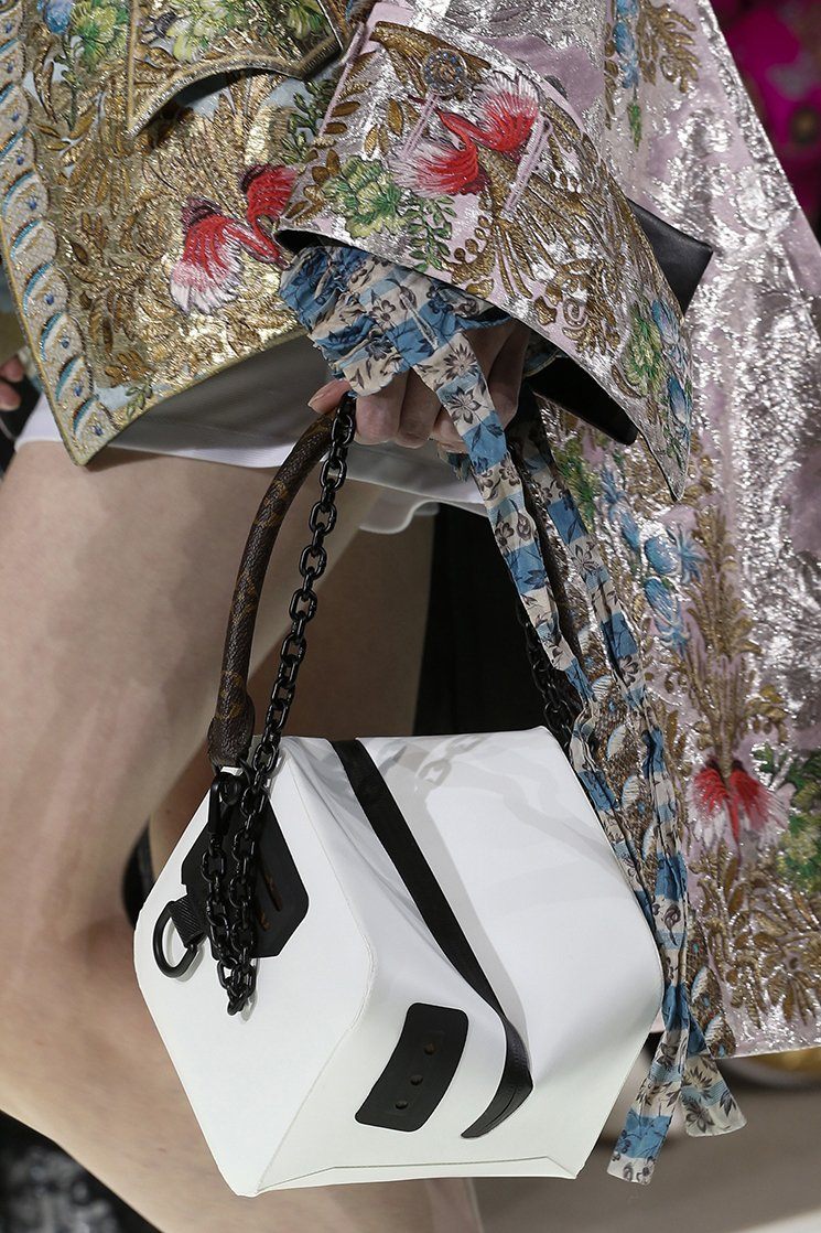 Louis-Vuitton-Spring-Summer-2018-Runway-Bag-Collection-3