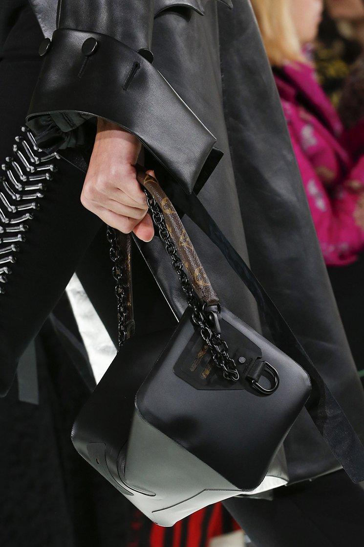 Louis-Vuitton-Spring-Summer-2018-Runway-Bag-Collection-35