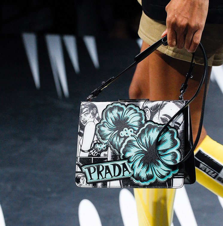 Prada-Spring-Summer-2018-Runway-Bag-Collection-19