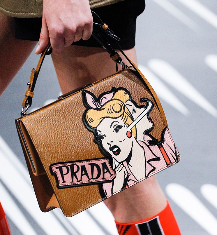 Prada-Spring-Summer-2018-Runway-Bag-Collection-20