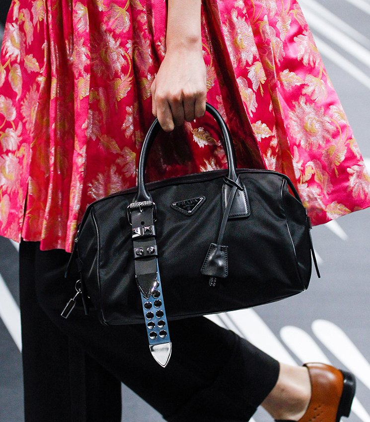 Prada-Spring-Summer-2018-Runway-Bag-Collection-29