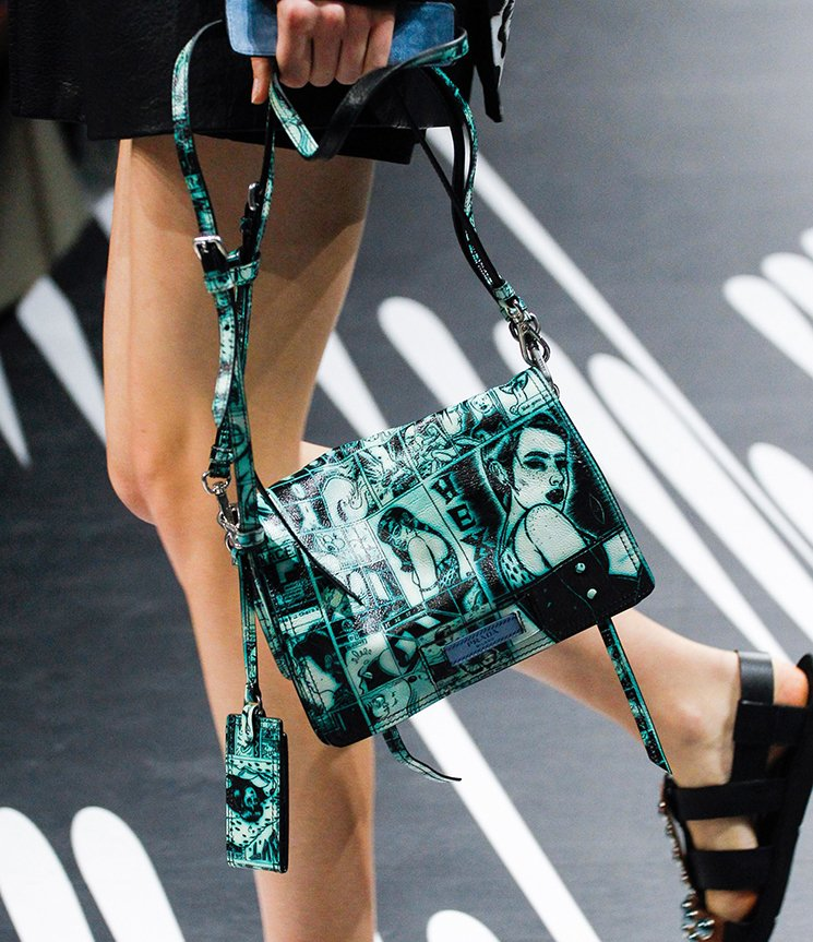 Prada-Spring-Summer-2018-Runway-Bag-Collection-34