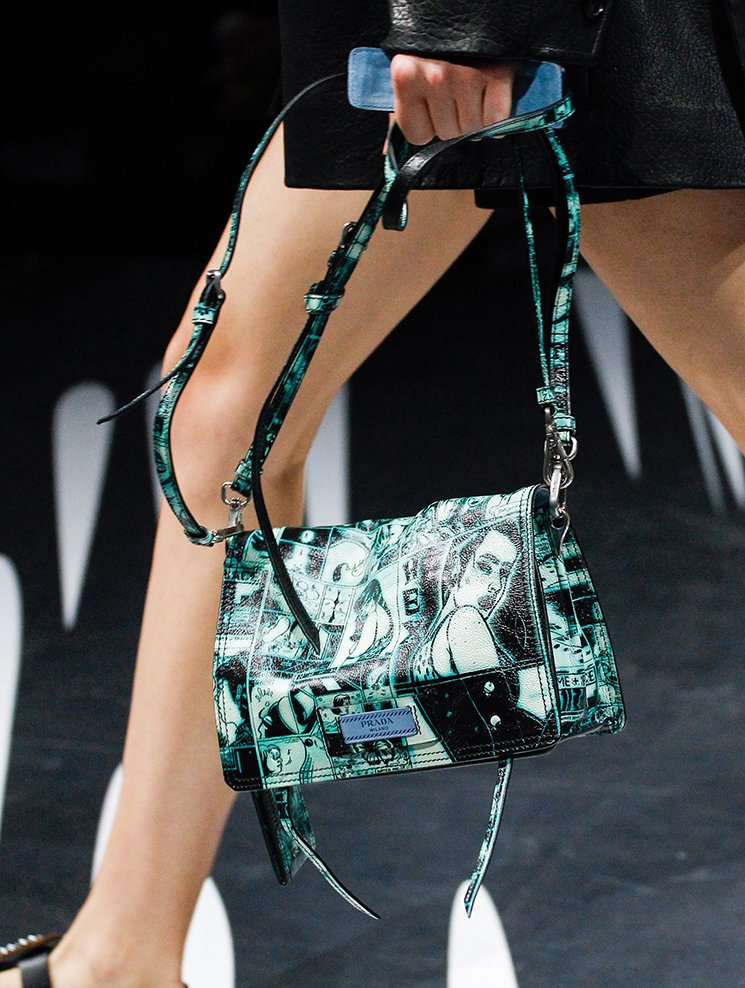 Prada-Spring-Summer-2018-Runway-Bag-Collection-35